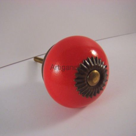 bouton de tiroir rond rouge